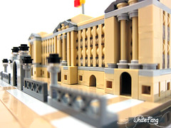 A closer view of the Buckingham Palace building structure (WhiteFang (Eurobricks)) Tags: lego architecture set landmark country buckingham palace victoria elizabeth royal royalty family crown jewel imperial statue tourist united kingdom uk micro bus taxi