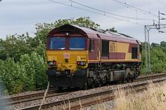 66176 Kingsthorpe 110816 (Dan86401) Tags: shed generalmotors ews dbcargo 66176 class66 660 gm db wilsonscrossing kingsthorpe northampton wcml 0a06 lightengine