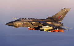 TORNADO GR1 ZA354 BS7 BAE CL No.0001145 P 1920 (Chris Lofting) Tags: za354 stormshadow tornado gr1 bs7 bae alarm airtoair