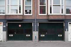 Dag An Nacht (photosam) Tags: amsterdam noordholland netherlands fujifilm xe1 fujifilmx prime raw lightroom xf35mm114r xf35mmf14r cloudy architecture parking