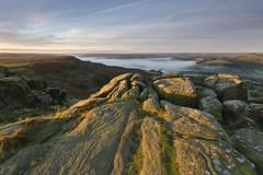 Curbar Edge (l4ts) Tags: landscape derbyshire peakdistrict darkpeak curbaredge autumn autumncolours mist gritstone gritstoneedge gritstonetors baslowedge sunrise goldenhour textures derwentvalley