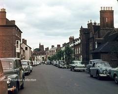 East Castle Street, Bridgnorth, Shropshire, 1962. (Lady Wulfrun) Tags: vw shropshire beetle traveller minx jaguar morrisminor 1962 hillman xk150 bridgnorth sidevalve eastcastlestreet fordpopular austina35 103e austina30 vauxhallvictormk1