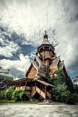 Wooden church in Izmailovo (Konstantin Agaltsov) Tags: cityscape city cloud church clouds cloudscape color ccd country architecture moscow landscape samyang summer 10mm nikon sun sky street wideangle outdoor tourism travel trees