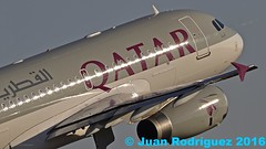 A7-HHJ - Qatar Amiri Flight - Airbus A319-133(CJ) - PMI/LEPA (Juan Rodriguez - PMI/LEPA) Tags: avion aeronave aeroplano aviondepasajeros nikon d90 sigma 70200mm 80400mm pmilepa aeropuerto airport sonsanjuan sonsantjoan palma mallorca plane airplan aircraft airbus a319 qataramirifligth a7hhj