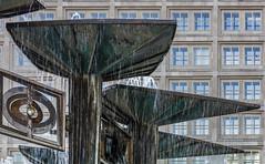 Brunnen der Vlkerfreundschaft (thewhitewolf72) Tags: springbrunnen ddr alexanderplatz berlin walterwomacka fontne stahlschale vlkerfreundschaft mitte