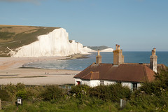 Cuckmere Haven and the Seven Sisters   Seven Sisters walk   July 2016-50 (Paul Dykes) Tags: southdowns southdownsway southcoast coast cliffs sea shore coastal englishchannel sussex england uk seaside sun sunnyday chalk downs hills countryside