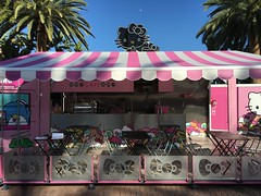 Hello Kitty Cafe (Christian Lau) Tags: food cake pie hellokitty tasty sanrio container socal bakery sweets popup southerncalifornia irvinespectrum 2016 christianlau hellokittycafe iphone6splus