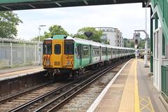455830 (matty10120) Tags: train transport rail railway clas class 455 southern tulse hill