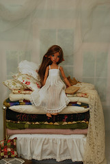 The Princess and the Pea (Little little mouse) Tags: tanlaryssa kayewiggs tansy bjd dollfie