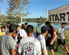 005 The Rush To Get Started (saschmitz_earthlink_net) Tags: 2016 california longbeach eldorado orienteering laoc losangelesorienteeringclub losangeles losangelescounty eldoradoeastregionalpark park parks start banner