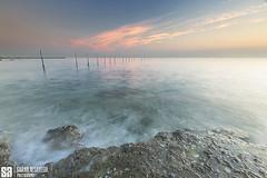 Kuwait - Slow Motion Tides Sunrise In Fintas (Sarah Al-Sayegh Photography | www.salsayegh.com) Tags: fintas kuwait sunrise canoneos5dmarkiii leefilters leefilter canon photography beach tide landscape clouds tides sarahhalsayeghphotography infosalsayeghcom wwwsalsayeghcom fishtrap
