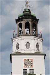 Carrilln (Salzburgo, 21-7-2016) (Juanje Oro) Tags: 099 austria 2016 salzburgo patrimoniodelahumanidad whl0784 bandera campanario reloj torre