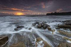 Priory (Pureo) Tags: tynemouth tynemouthpier kingedwardsbay water waterscape seascape sea rocks pebbles dawn sunrise northeast northumberland northsea waves whoosh canon canon6d