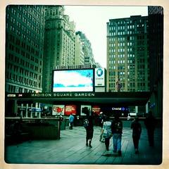 IMG_2161 (Faith_zone) Tags: newyork iphone lagranmanzana