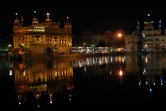 The Golden Temple (jo_chen_w) Tags: india sikh punjab 2008 amritsar sikhism goldentemple ind