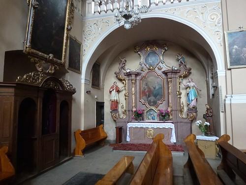 Późnobarokowy ołtarz ku czci Trójcy Św. w kościele pocysterskim św. Jana Chrzciciela w Cieplicach Śląskich-Zdrój