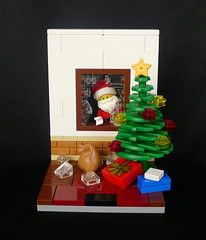 Break in Santa (tommilorenzo) Tags: santa christmas lego breakingandentering phlug