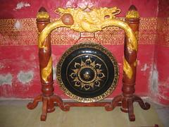 Wat Mai Suwannaphunahan Gong
