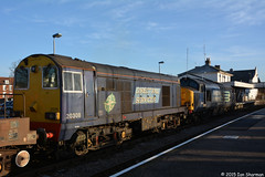 No 20308 No 37611 18th Feb 2015 Woodbridge (Ian Sharman 1963) Tags: tractor train suffolk chopper flask diesel no engine rail railway loco trains 18th class line east crewe locomotive 20 37 feb coal railways services direct woodbridge sizewell 2015 drs railfreight 37611 20308 6l70