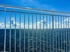 Malmoiphone-27 (BLN1989) Tags: meer ostsee schiff gelnder wasser himmel wolken