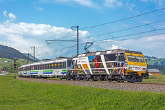 SOB Re456 093 (maurizio messa) Tags: railroad advertising switzerland railway trains svizzera bahn mau sponsor sob schwyz pubblicità ferrovia treni werbe südostbahn sersa voralpenexpress re456 nikond7100