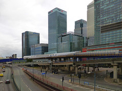 Financial District Buildings (Kombizz) Tags: 1110862 kombizz london architecture building poplardlrstation dlrrailway dlr docklandslightrailway londonmarriotthotel aspenway railtrack railways canarywharf docklands canarywharfskyline financialdistrictbuildings londonfinancialdistrictbuildings yellowbuilding residentialbuilding bluetop hsbctower burj onecanadasquare tower e145ab etmgroup cesarpelli worldfinancialcenter cityscape