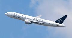 United Airlines N78017 Boeing 777-224ER (klimchuk) Tags: b772 ual n78017