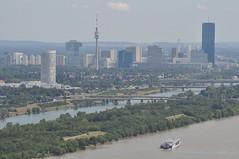 sDSC_0072 (L.Karnas) Tags: wien vienna wiede    viena vienne sommer summer 2016 leopoldsberg aussichtspunkt nasenweg panorama city donau danube international center