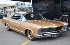 1965 Buick Riviera on Grip Equipped Dropkick Wheels Wins Builders Choice at 2016 Goodguys PPG Nationals (Forgeline Motorsports) Tags: gold buick riviera bridgestone forged madeinusa baer dropkick goodguys baerbrakes forgeline builderschoice ppgnationals forgedwheels artmorrisonchassis forgelinewheels gripequipped jrishocks gripequipped notjustanotherprettywheel mikegoldmancustoms artmorrisonenterprises