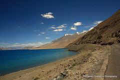 Pangong Tso Lake. Leh, Ladakh. (prakash_subbanna) Tags: pangongtsolake leh ladhak prakashsubbanna bluewater highaltitude
