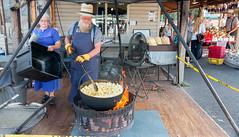 Amish popcorn seller. (Pordeshia) Tags: amish popcorn amishcountry fire