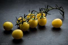yellow tomatoes (soundmoods) Tags: tomato grabes yellow food strobe onestrobe strobist softbox fruit contrast canon 6d 24105 430ex incompletestrobistinfo removedfromstrobistpool seerule2