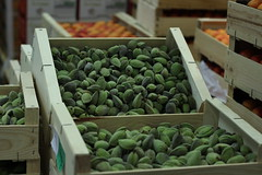 Rungis - March des fruits et lgumes (marie-adeline.rothenburger) Tags: rungis march amandes fruits