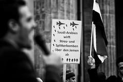 . (Thorsten Strasas) Tags: antisemitismus berlin demonstration fahne flagge iran jemen jemeniten juergengrassmann kundgebung mitte platzdes18maerz rede saudiarabia saudiarabien tiergarten yemen yemenites antisemitism demo flag protest rally speech victims war germany de schwarzweis