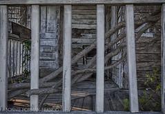 20161007-BFF_9795_HDR_1-2 (Bonnie Forman-Franco) Tags: abandoned abandonedporch abandonedhouse hdr ruraldecay berkshires fall
