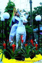 TRIUMPHAL ENTRY OF JESUS TO JERUSALEM (phimphim09171) Tags: wood sanjuan generator bicol semanasanta evangelista goldleaf apostol holyweek triumphal carroza 2014 karosa disipulo