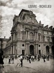 LOUVRE-RICHELIEU | PARIS 1e (Elisabeth de Ru) Tags: paris 75001 parijs musedulouvre parys  parisi   pariz   celisabethderu louvrerichelieu camerasony300 elisabethderu