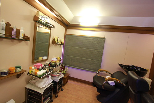 Deccan Odyssey - Beauty Salon