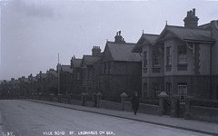 H00656 Vale Road, St. Leonards (East Sussex Libraries Historical Photos) Tags: architecture costume terrace library victorian hastings edwardian 1905 broderick glassplatenegative stleonardsonsea valeroad