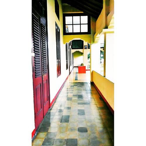 #InstaSize Asi Mbojo, Istana kesultanan Bima #tofifoto #exploreBIMA #VSCOcam #WisataBudaya #wisataBIMA #Wisata #Pariwisata #Etnotourism #phonegraphy