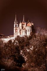 Montaas de fe (Gelu.) Tags: iglesia asturias fe baslica covadonga nikond5300