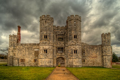 Titchfield Abbey (hutchyp) Tags: house building english abbey hampshire medieval hdr fareham photomatix titchfield