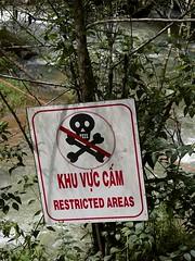 Datanla falls (billcoo) Tags: travel water sign danger vietnam dalat lamdong