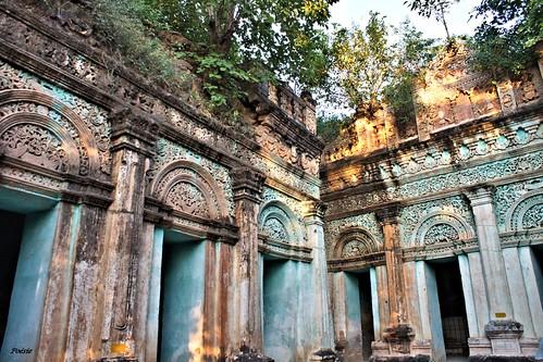 Po Win Taung - les grottes aux dix mille bouddhas