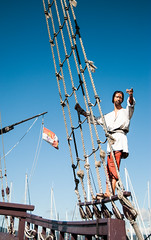 descarte-museos (Andi Iglesias) Tags: museos carabela coln pinta embarcacin viaje baiona pinzn
