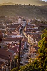 Grau, calle colonial de la ciudad (mikevillarroel1) Tags: sucre bolivia turismo chuquisaca ciudad calle street charcas
