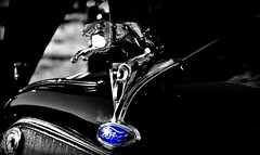 Ford Greyhound. (Papa Razzi1) Tags: 7987 2016 254365 steffe v8 ford 1935 deluxecoupe carmeet sc hood ornament greyhound classiccarsandcustoms2016