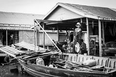 Tonle Sap (Gabriela Nakayoshi) Tags: tonlesap camboya asia cambodia d90 nikon temple 500mmf14
