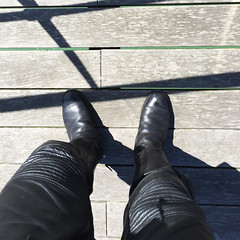 Cuir   Dieppe (Photogestion) Tags: botte cuir moto jambe leather motorbike boot
