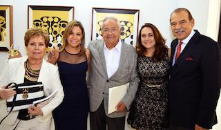 Elena Vellojin, sister of the artist, with Jimena Quintero and Maripaz and Enrique Cordoba
